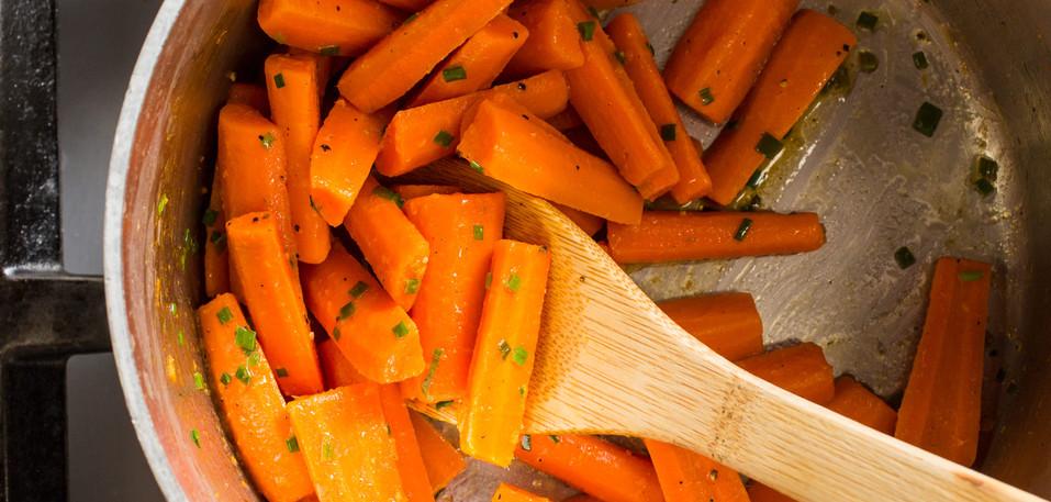 33137_sfs-simple-boiled-carrots-lemon-ch