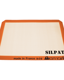 39982_sil-siliconebakingmat-silpatushalf