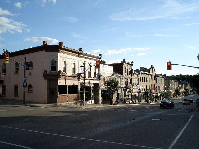 1200px-St_Marys_Ontario_Queen_St_E_1.jpg