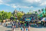 Canada's-Wonderland-Vaughan-Ontario.jpg