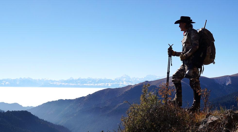 GOOD JIM_GENERIC_Hunting for Tian Shan Wapiti in Kazakhstan, near the border with China (1