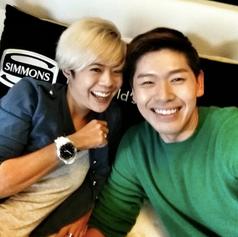 Simmons with Romeo Tan
