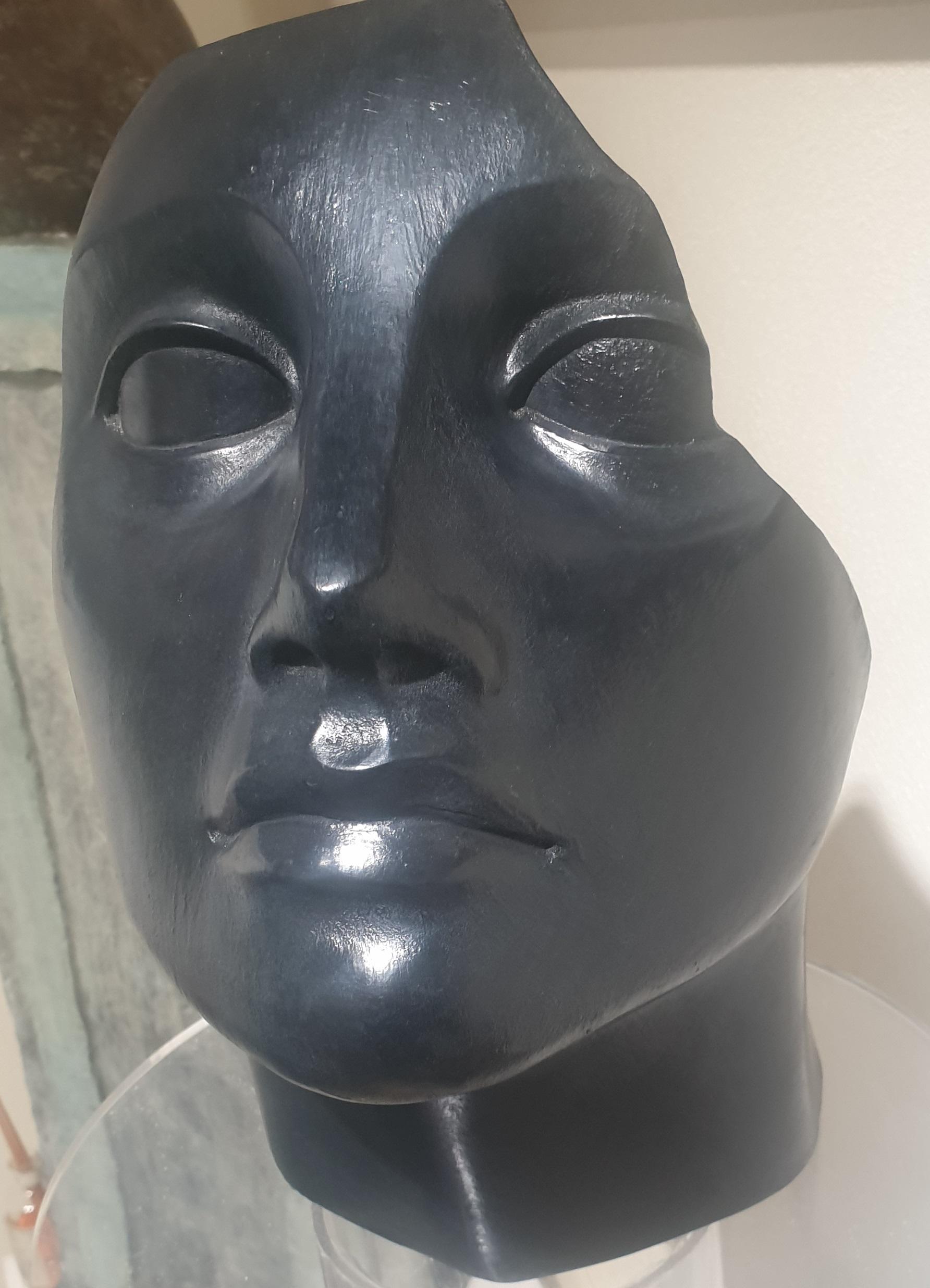 lei - bronzo patina nera