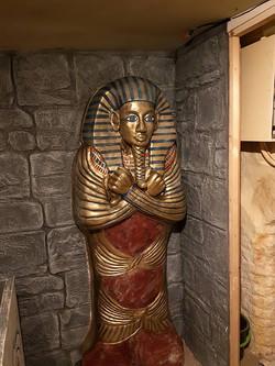 Tutankamun door 'Cryptic Escape', March 2018