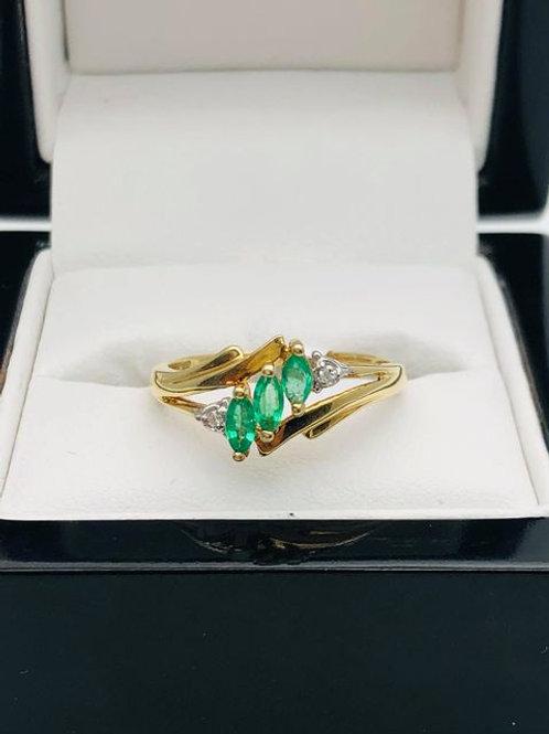 14ct Emerald and Diamond Ring