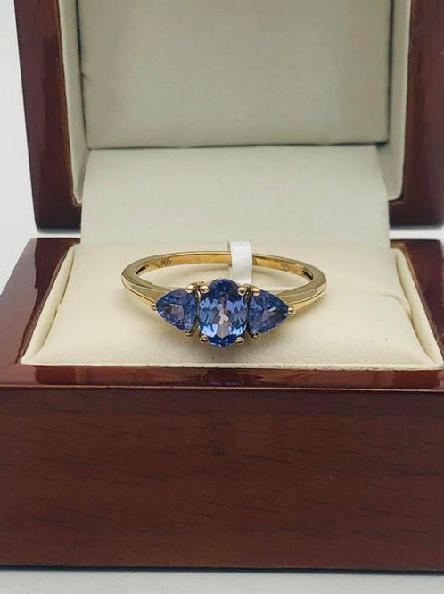 9ct Tanzanite Ring