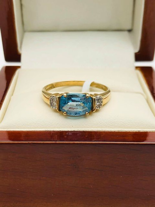 9ct Blue Topaz Ring