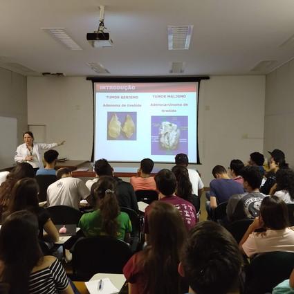 Liga Acadêmica em Estudos de Patologia Molecular (LAPMOL) realiza aula inaugural