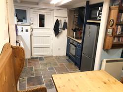 Kitchen - Oven side 4