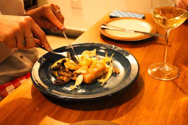 Poitrine de porc, crevette et champignon sauvage