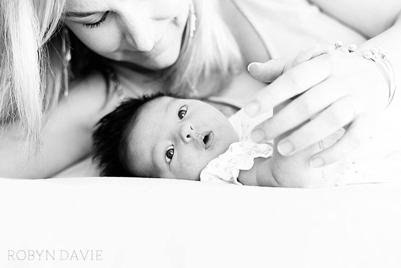 robyn davie lifestyle photography, family photo shoot johannesburg, family lifestyle session los angeles, family photos california, at-home lifestyle photography, newborn maternity toddlers family photos, how to get the most out of a family photo shoot, family photo shoot delta park, best family photographers johannesburg, family photos south africa