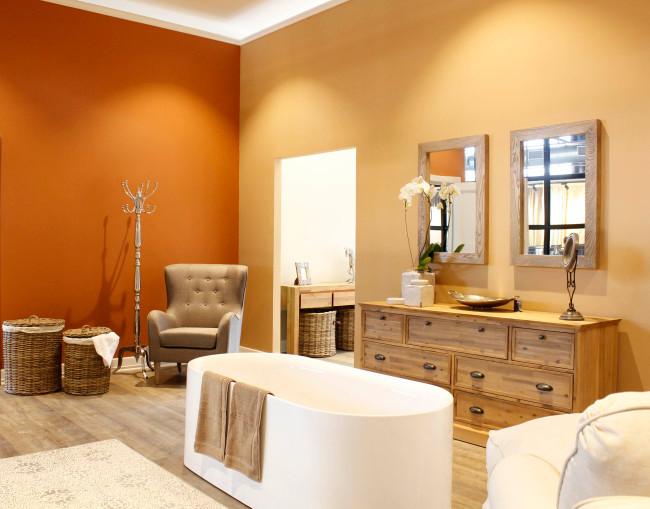 CRESTHILL BATHROOM 1 - LucySarah.com