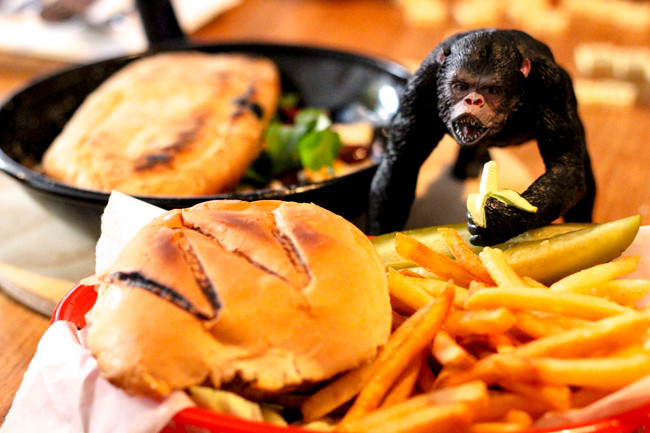 Wolves Cheeseburger with Lucy Sarah