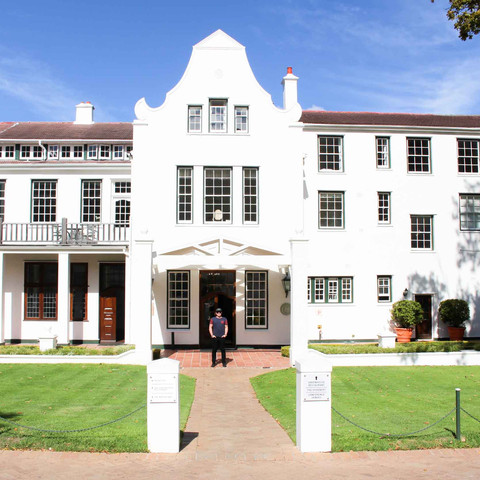 A Weekend Escape to The Cellars-Hohenort