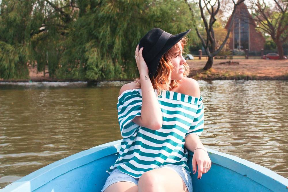 Lucy Sarah Zoo Lake boats