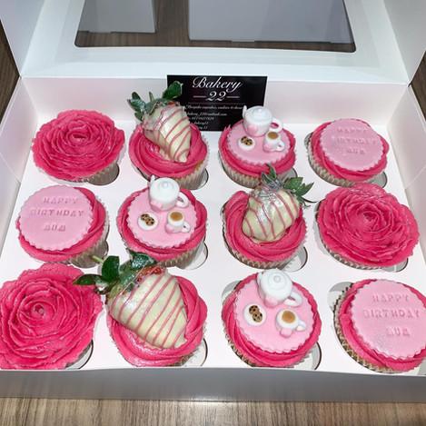 strawberry teacup cupcakes.jpg