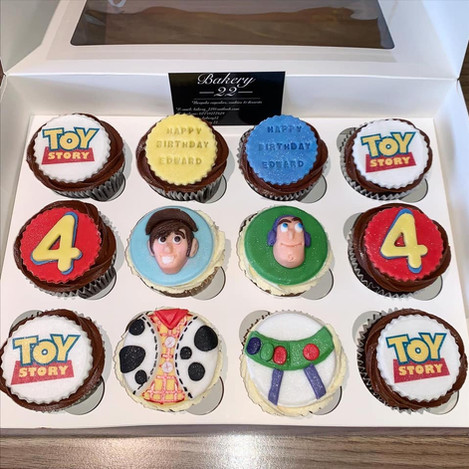 toy story cupcakes.jpg
