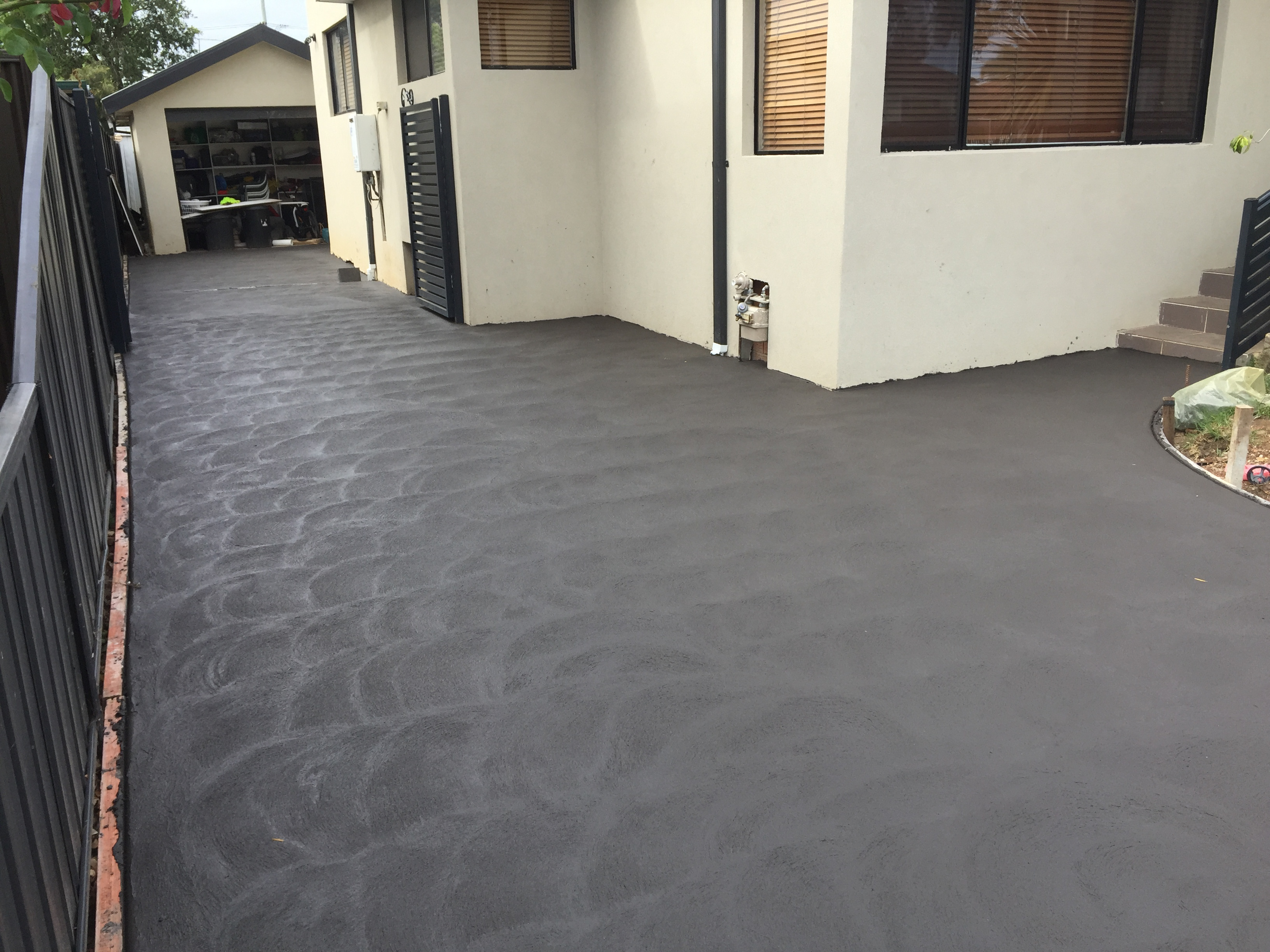 New driveway in Charcoal - Greystane