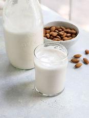 homemade-almond-milk-in-glass-1.jpg