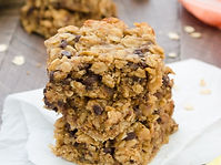 peanut-butter-banana-chocolate-chip-oat-