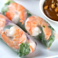shrimp-spring-rolls-with-dipping-sauce-1
