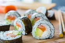 Homemade-Sushi-1-640x427.jpg