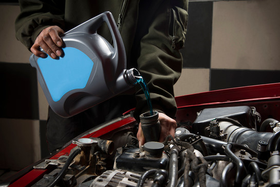 Best Windshield Wiper Fluid to Keep Your Car Clean