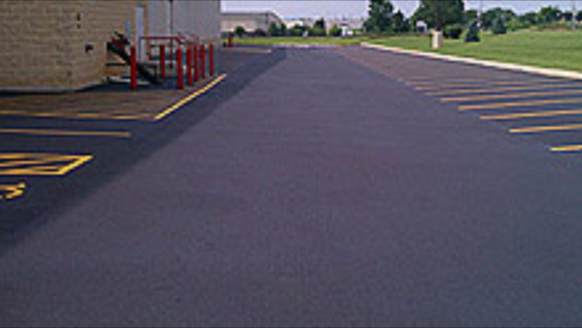 Commercial Paving (4)