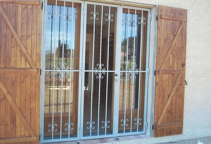 Portes grilles 3.jpg