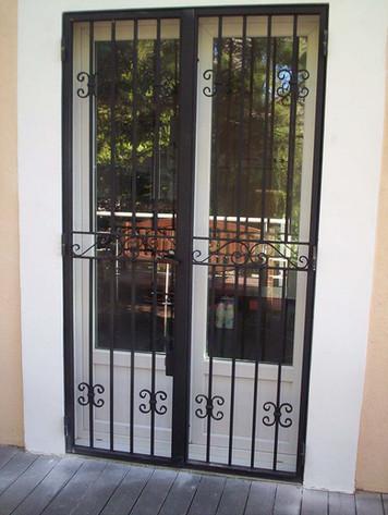 Portes grilles 2.jpg