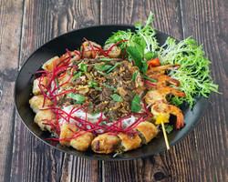 eat_thai_bo_bun_nem_et_brochette_de_crev