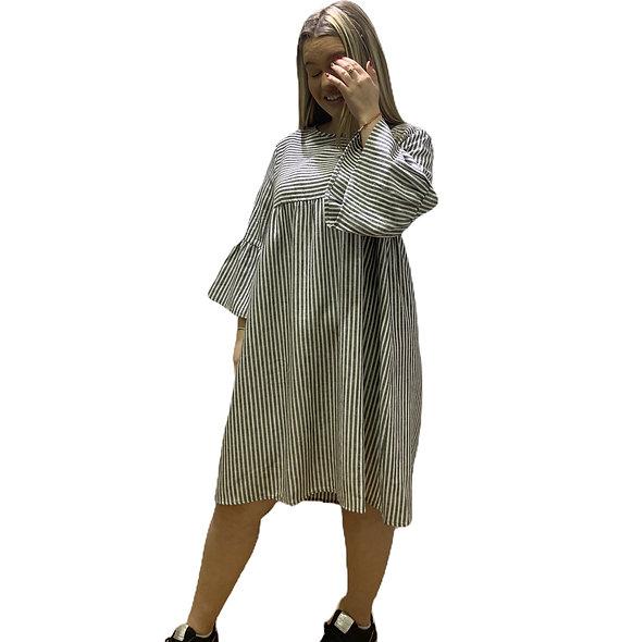 فستان من الفيسكوز / الكتان بخطوط La fée Maraboutée