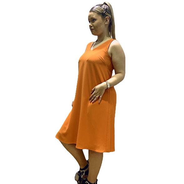 فستان من الكريب البرتقالي بلا أكمام من La Fée Maraboutée