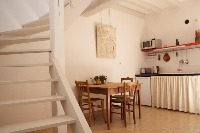 Cuisine au n°7bis - La Petite Maison d'à Côté