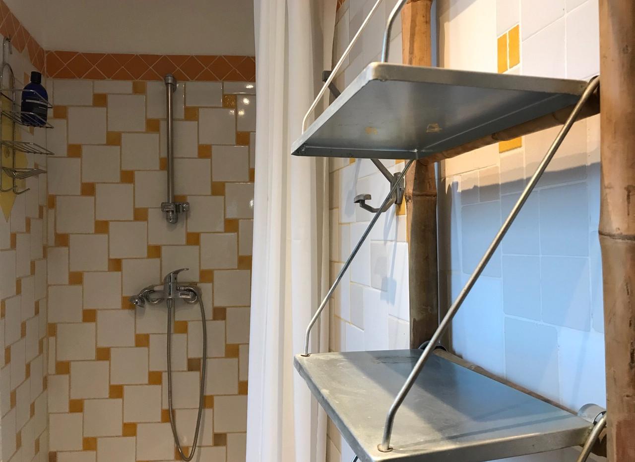 Au n°13 - Charly - Salle de bains