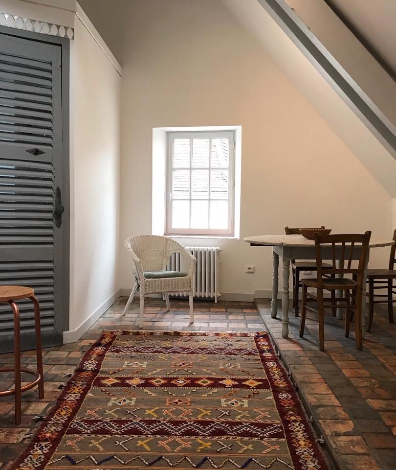 Au n°13 - Chez Charly - Séjour.jpg