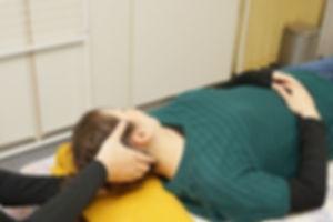 肩こりと頭痛の施術.jpg