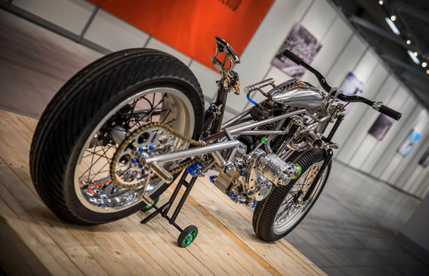 Speed Weevil, The Art of Racing