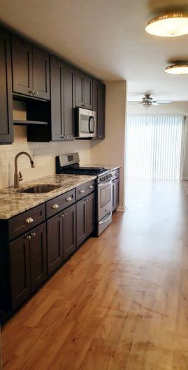 kitchen2_edit.jpg