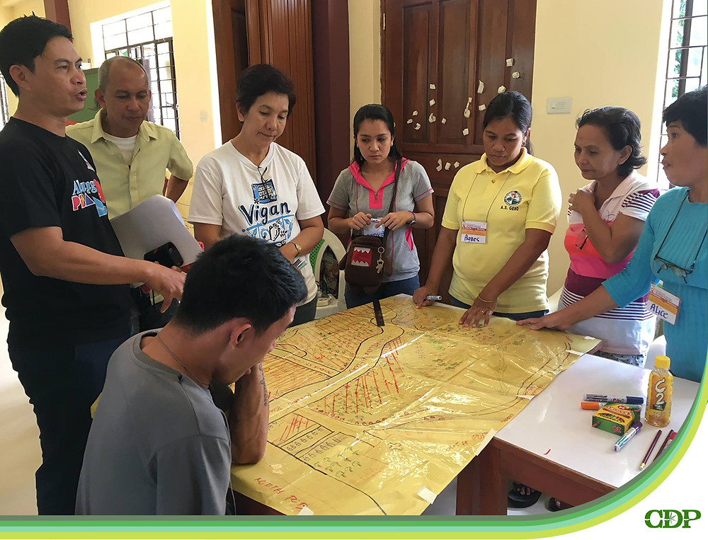 Pastor Zernan Raymundo from Bethsaida CBR Services for the Disabled actively facilitated the session on Evacuation Site/Route Matrix.