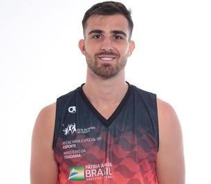 Entrevista com o Craque do SPDC e da Seleção Brasileira Leonardo Branquinho para o site DATABASKET