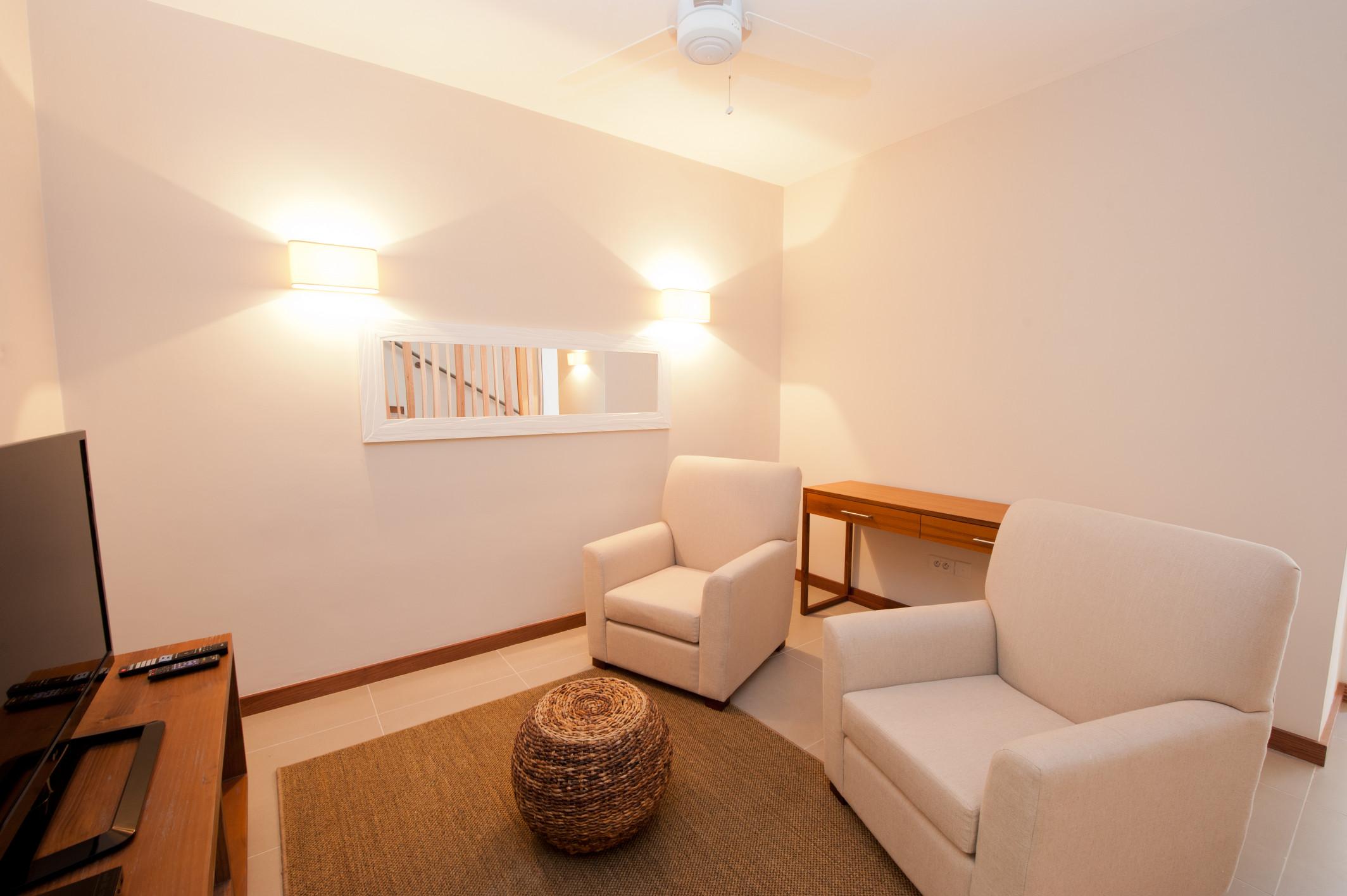 La Residence - Triplex - Study Room.jpg