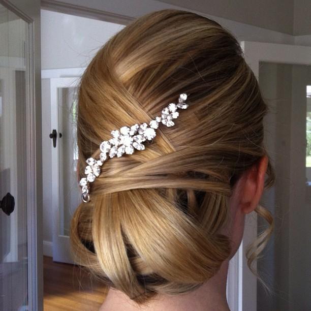 hairstyle by _hayley_mac_hair_and_makeup #melbournemakeupartist #makeupartist #naturalmakeup #bridal