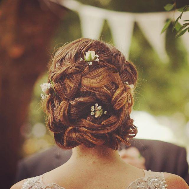 Weaved curl up style by Hayley mac  #melbournemakeupartist #makeupartist #naturalmakeup #bridalhair