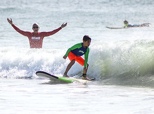 Playa Grande Shuttle & Tour surf lessons