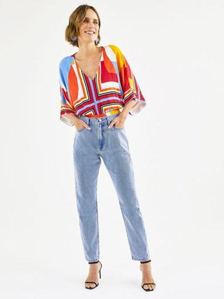 Calça Jeans Mom (jeans claro)