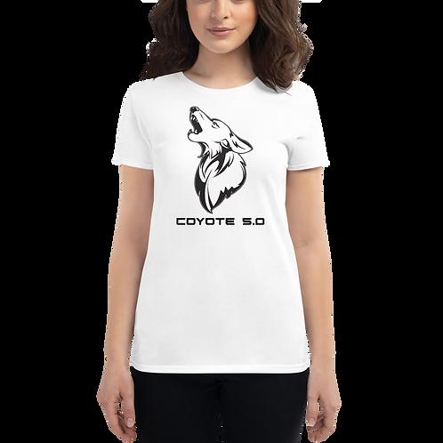 Women's Cozy Coyote Tee