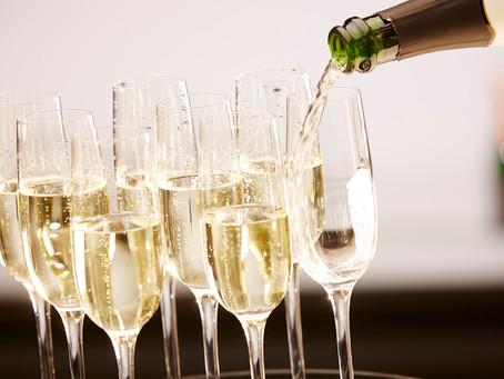Новые поправки в 171-ФЗ! Россия останется без шампанского?