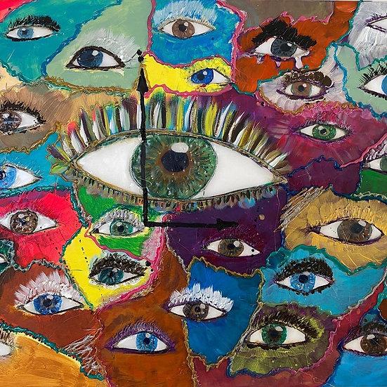 Die Augen voller Farbe die sehen und schweigen