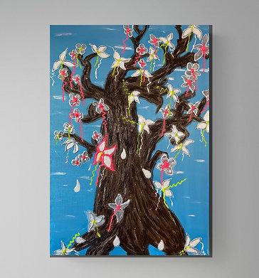 Die Blüten des kahlen Baumes